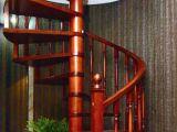 中柱旋转木梯